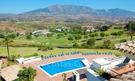 Penthouse appartement te koop in Golfresort te Mijas, Costa del Sol 1