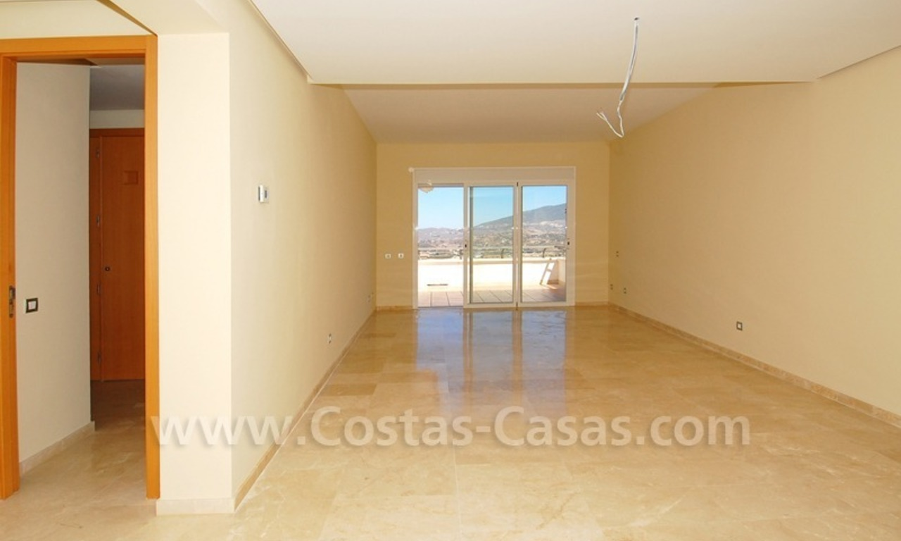 Penthouse appartement te koop in Golfresort te Mijas, Costa del Sol 6