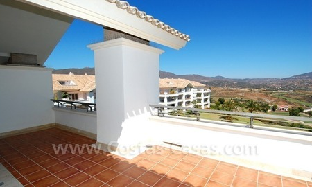 Penthouse appartement te koop in Golfresort te Mijas, Costa del Sol 3
