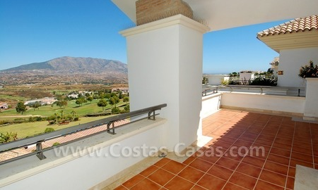 Penthouse appartement te koop in Golfresort te Mijas, Costa del Sol 4