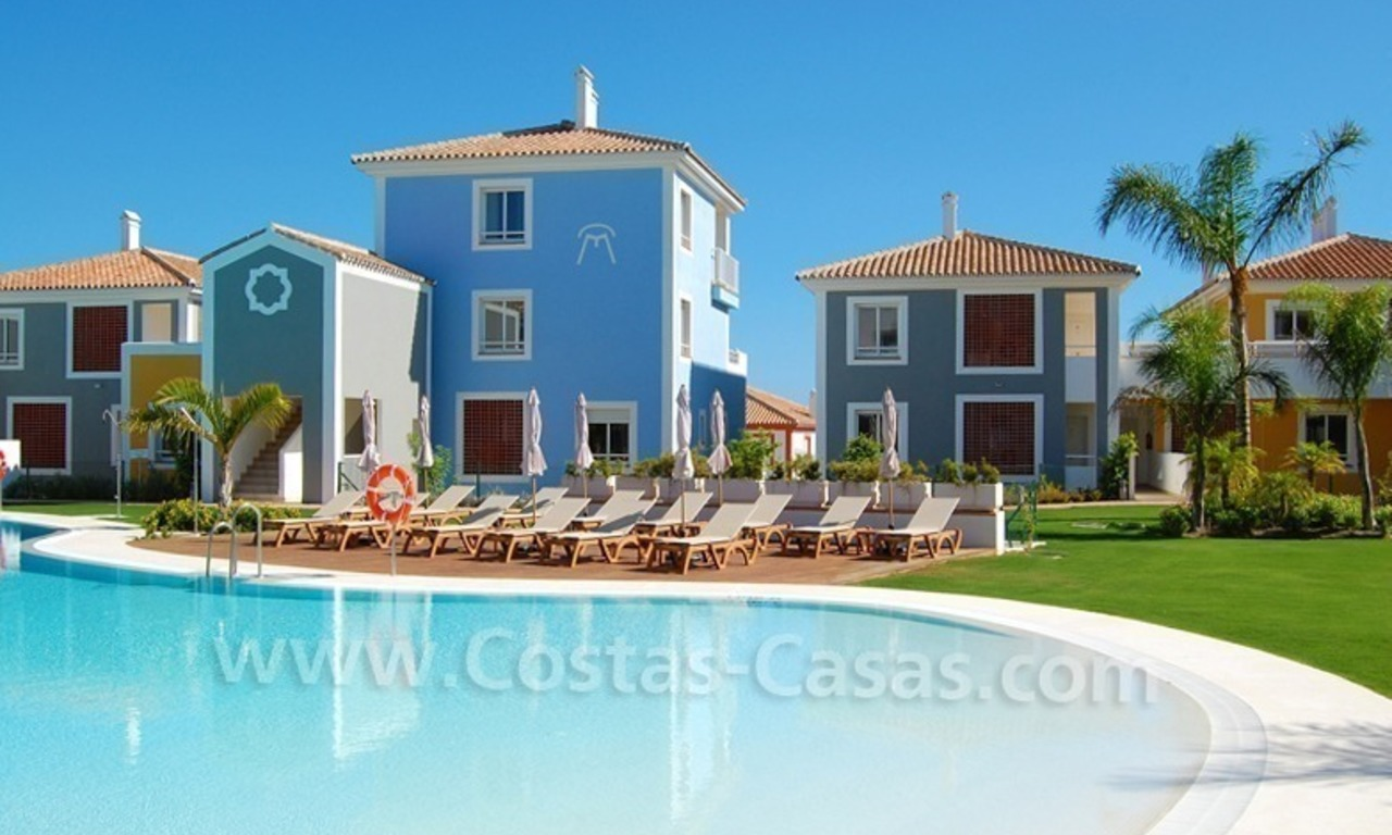 Bargain townhouses te koop, New Golden Mile, Marbella - Estepona 1