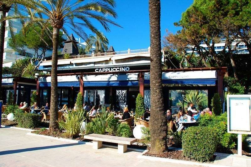 Grand cafe Cappuccino Golden Mile Marbella by Costas & Casas