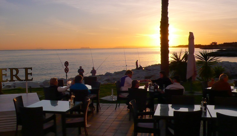 Restaurant Belvedere bij sunset in Puerto Banus