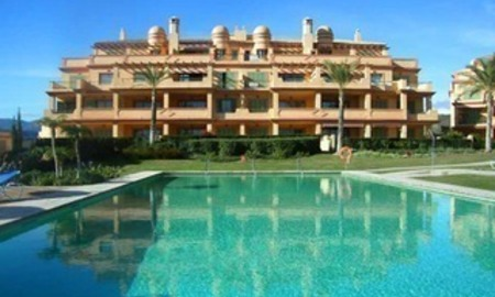 Golf appartement te koop in Four Seasons, Los Flamingos golf resort - Benahavis - Marbella - Estepona 0