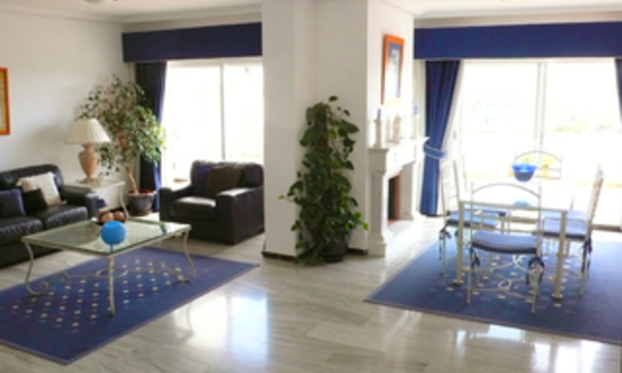 Beachside Penthouse appartement te koop, Puerto Banus, Marbella 4