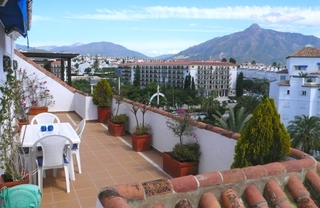 Beachside Penthouse appartement te koop, Puerto Banus, Marbella 2