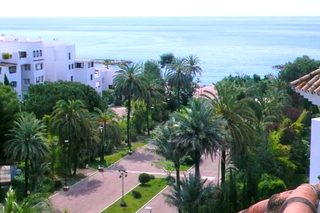 Beachside Penthouse appartement te koop, Puerto Banus, Marbella