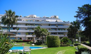 Frontline beach appartement te koop, eerste lijn strand, beachfront / first line beach, Marbella - Estepona. 4