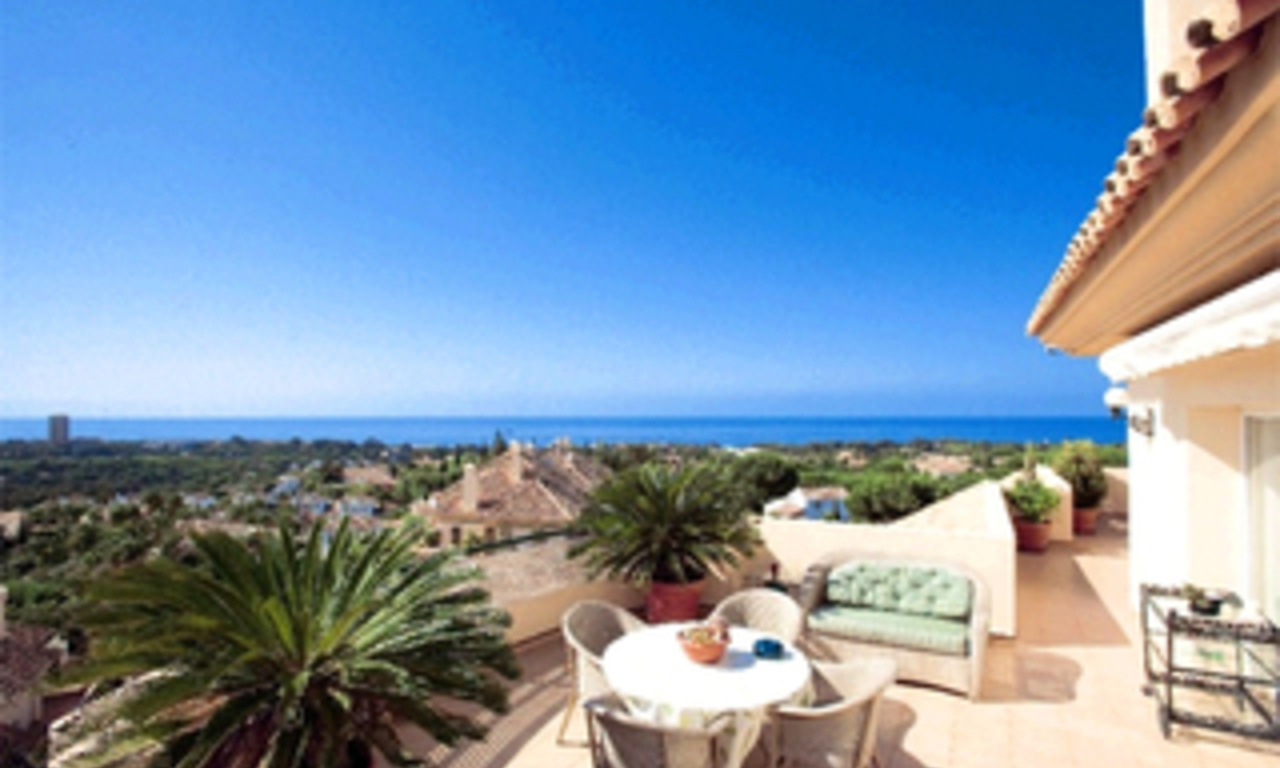 Penthouse en appartement te koop in Elviria, Marbella 0