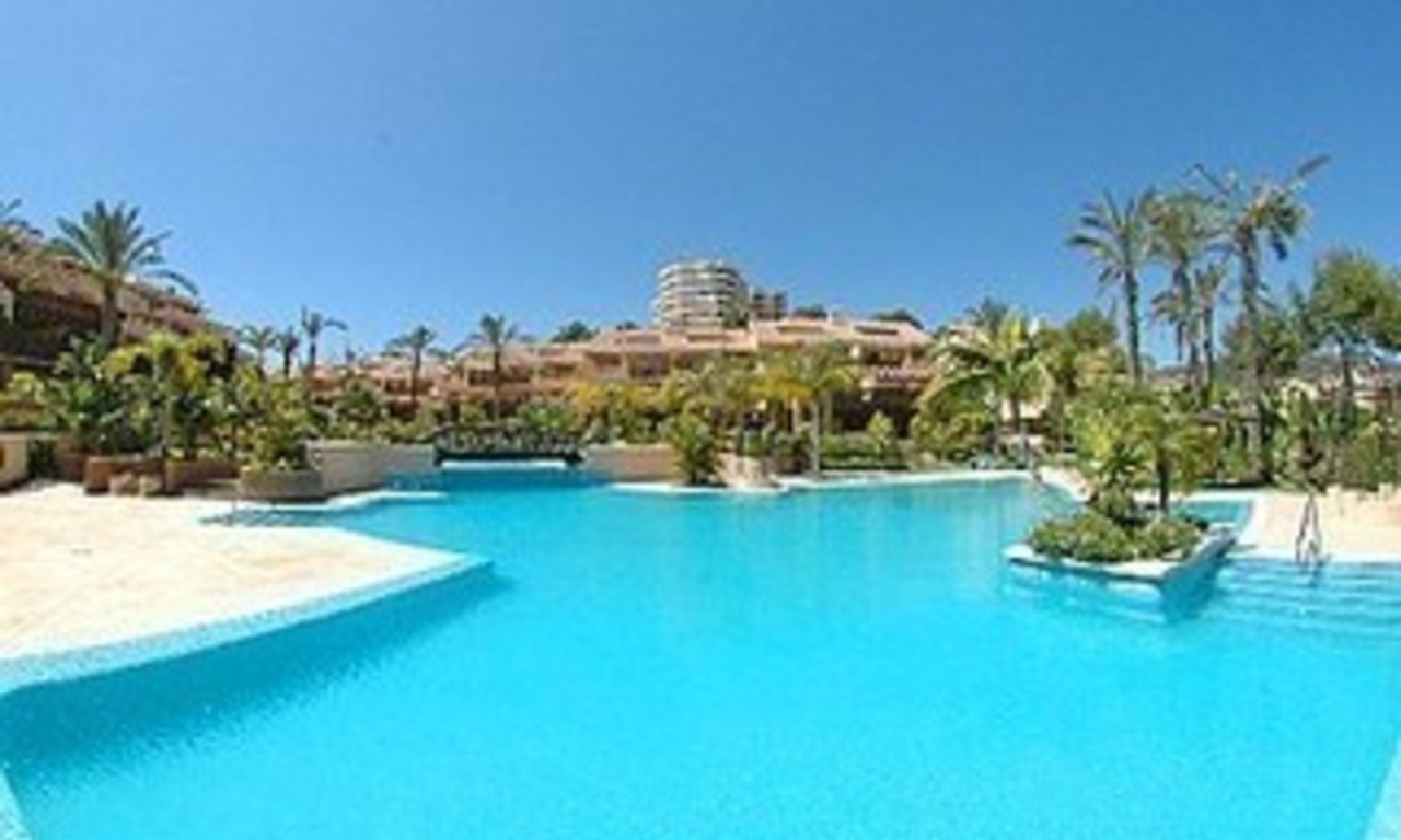 Marbella for sale: Appartement te koop in Rio Real golf, Marbella 1