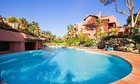 Bargain Beachfront Penthouse appartement te koop, New Golden Mile, Marbella - Estepona. 2