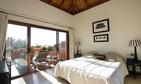 Bargain Beachfront Penthouse appartement te koop, New Golden Mile, Marbella - Estepona. 8