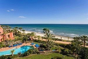 Estepona for sale: Frontline beach Penthouse appartement te koop, New Golden Mile, Marbella - Estepona