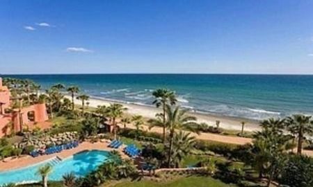 Estepona for sale: Frontline beach Penthouse appartement te koop, New Golden Mile, Marbella - Estepona 0