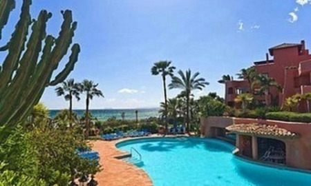 Estepona for sale: Frontline beach Penthouse appartement te koop, New Golden Mile, Marbella - Estepona 3