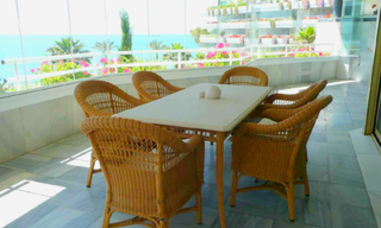 Beachfront appartement te koop, Golden Mile, Puerto Banus - Marbella 2