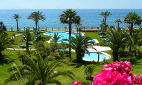 Beachfront appartement te koop, Golden Mile, Puerto Banus - Marbella