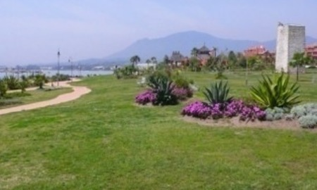 Bargain Beachfront Penthouse appartement te koop, New Golden Mile, Marbella - Estepona. 20