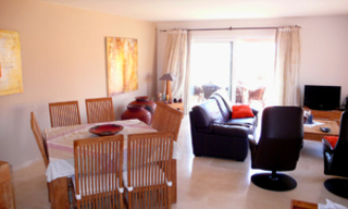 Beachfront penthouse appartement te koop in La Duquesa, Costa del Sol, Spanje. 11