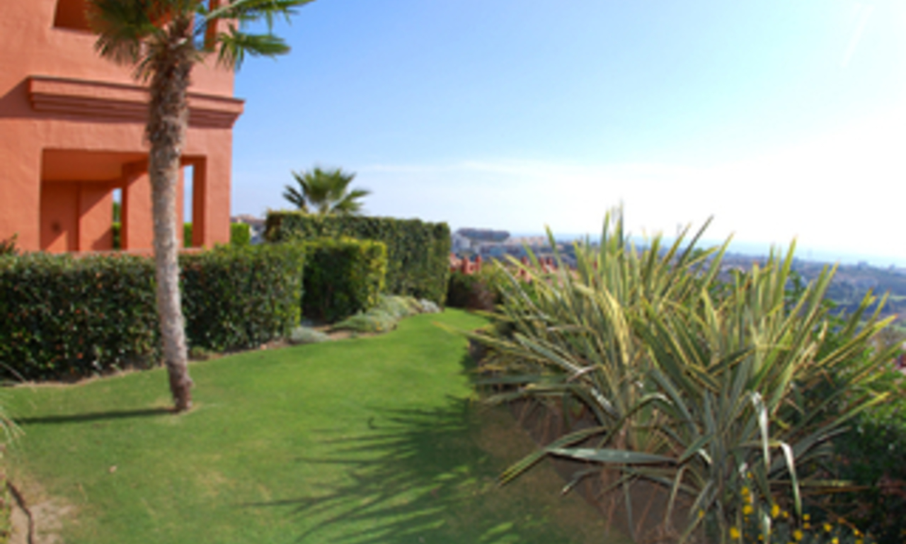 Luxe appartement te koop, Golf resort, Marbella - Benahavis - Estepona 2