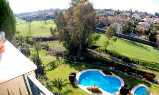 Marbella for sale: frontline golf penthouse te koop in Marbella 3