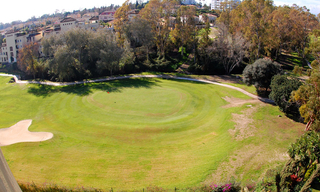 Marbella for sale: frontline golf penthouse te koop in Marbella 1