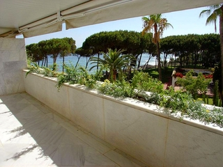Marbella for sale: Luxe appartement te koop, seafront Golden Mile - Marbella centrum