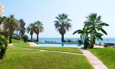 Frontline beach strand appartement te koop in Mijas Costa 2