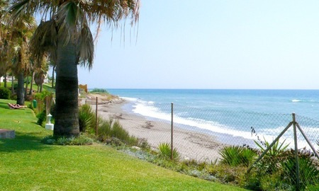 Frontline beach strand appartement te koop in Mijas Costa 1