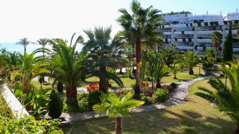 Beachfront appartement te koop, Golden Mile, Marbella