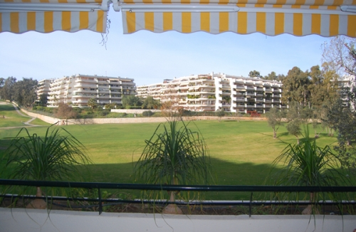 Frontline golf appartement te koop, Marbella - Benahavis 0