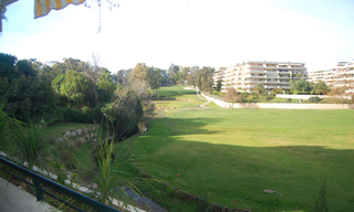 Frontline golf appartement te koop, Marbella - Benahavis 1