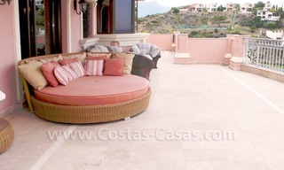 Exclusieve ruime villa mansion te koop direct aan de golf in Marbella - Benahavis 6