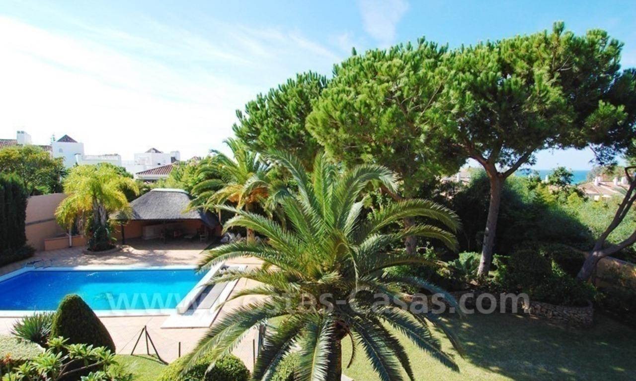 Beachside villa te koop in Elviria, Marbella 19