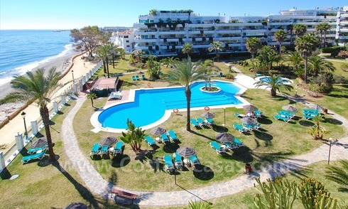 Beachfront modern appartement te koop, Golden Mile, Marbella