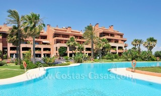 Luxe beachfront appartement te koop in Malibu, Puerto Banus, Marbella 20