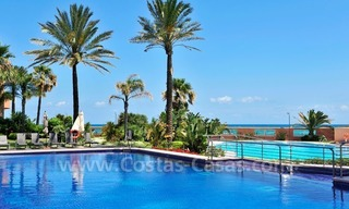 Luxe beachfront appartement te koop in Malibu, Puerto Banus, Marbella 23