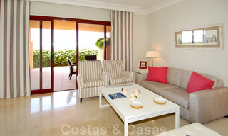 Golf appartementen te koop in 5* golfresort, Marbella - Benahavis 24004