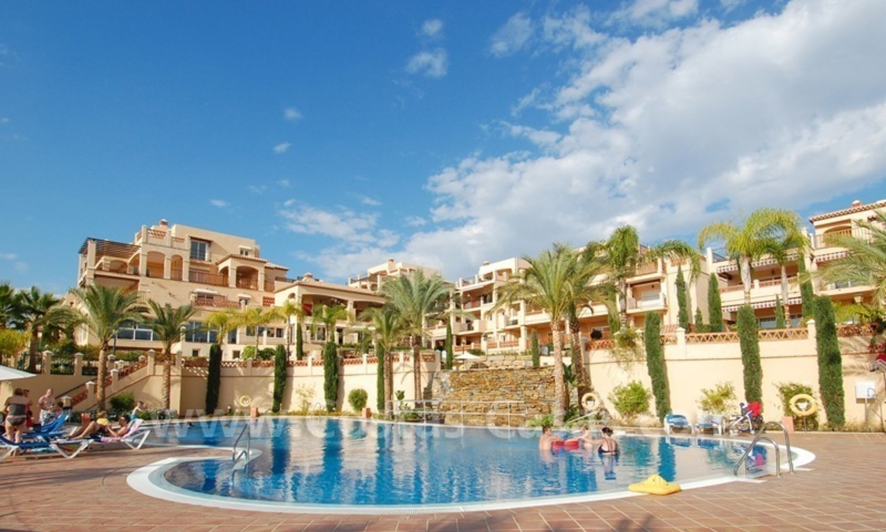 Marbella for sale: luxe front line golf appartementen te koop Marbella Benahavis 17
