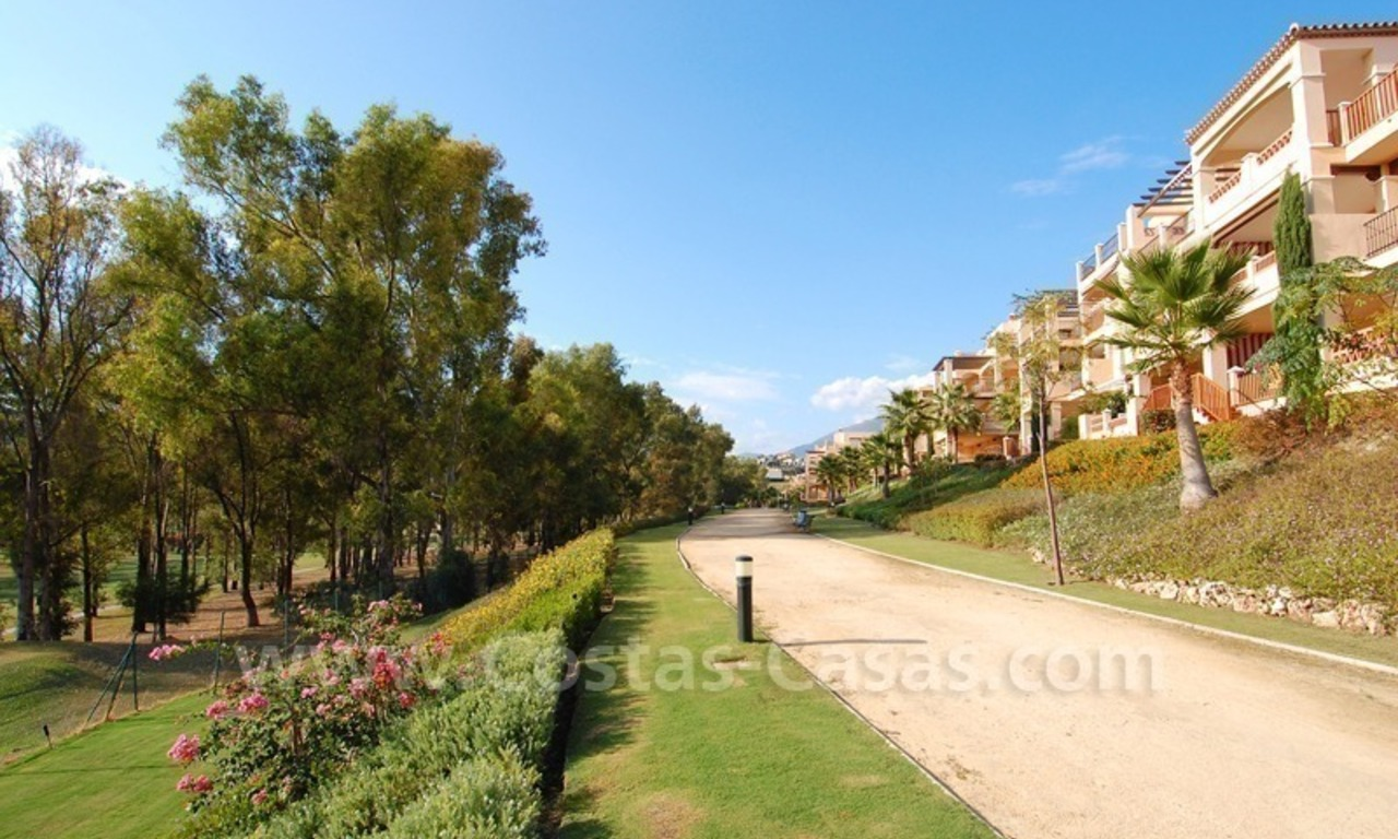 Marbella for sale: luxe front line golf appartementen te koop Marbella Benahavis 0