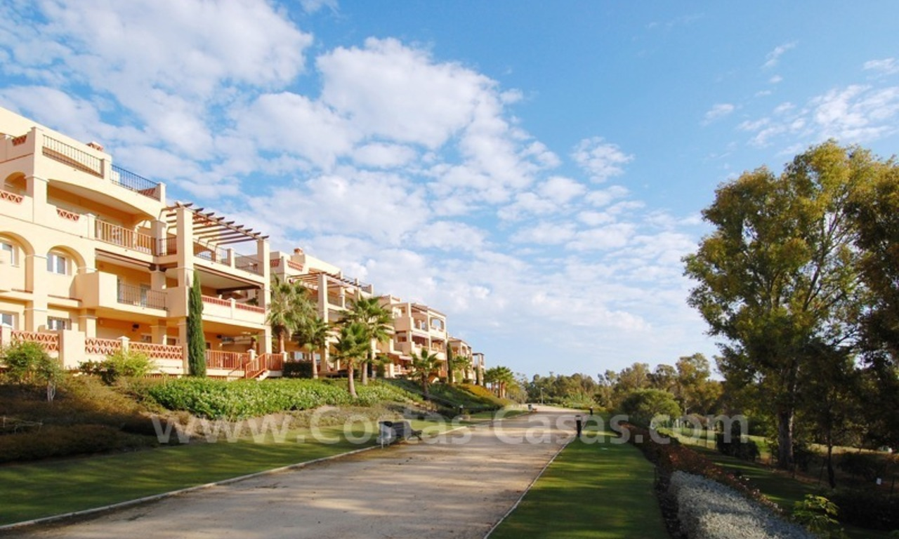 Marbella for sale: luxe front line golf appartementen te koop Marbella Benahavis 2