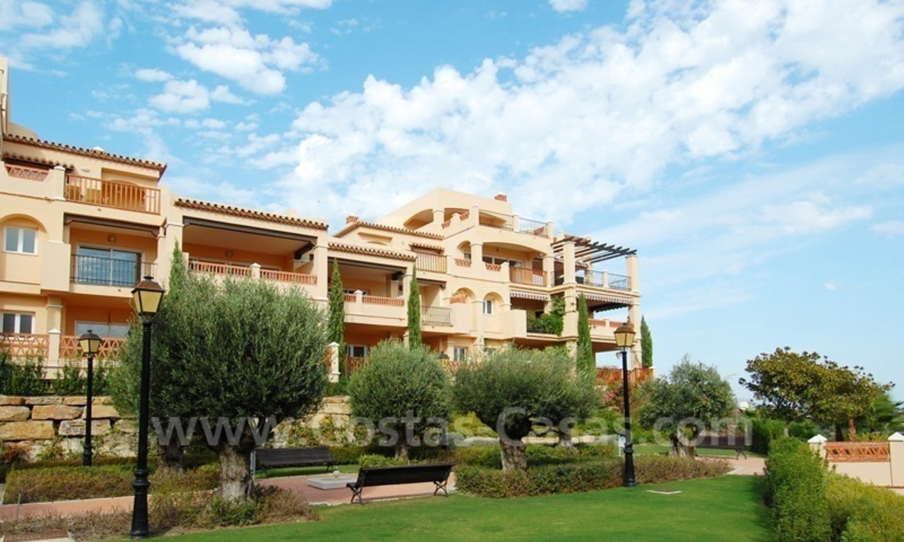 Marbella for sale: luxe front line golf appartementen te koop Marbella Benahavis 8