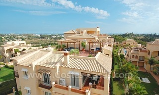 Marbella for sale: luxe front line golf appartementen te koop Marbella Benahavis 12