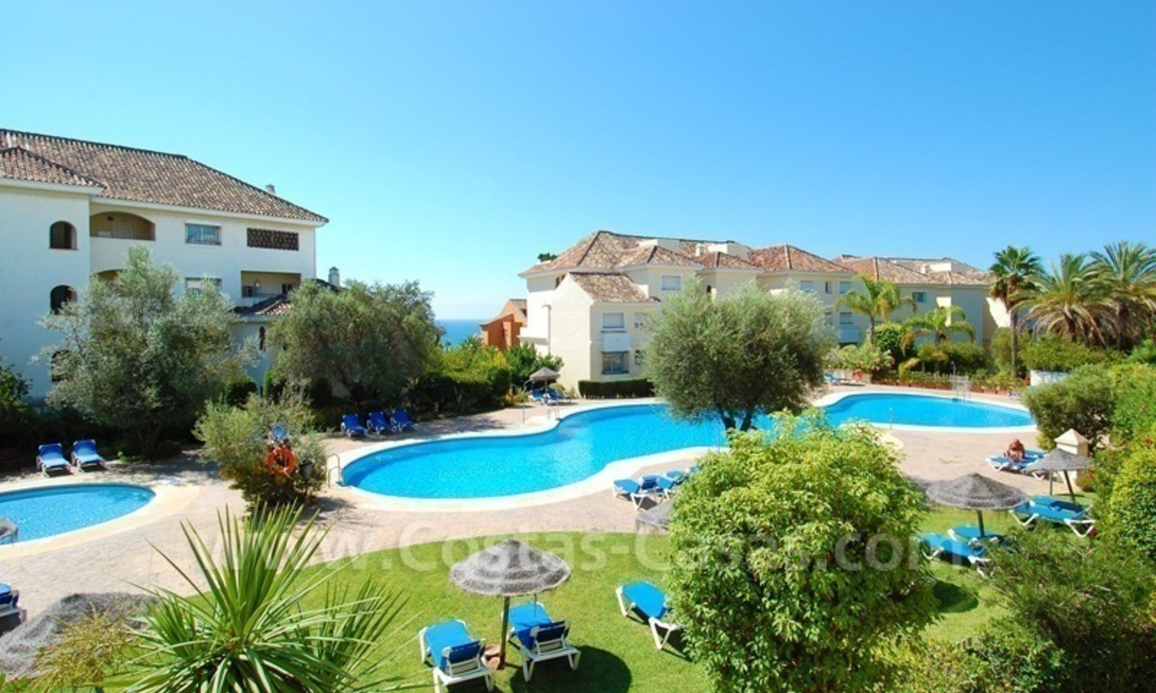 Beachside appartement te koop in Marbella 4