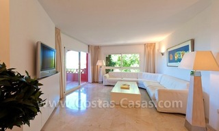 Strand appartement te koop in beachfront complex te Marbella 8