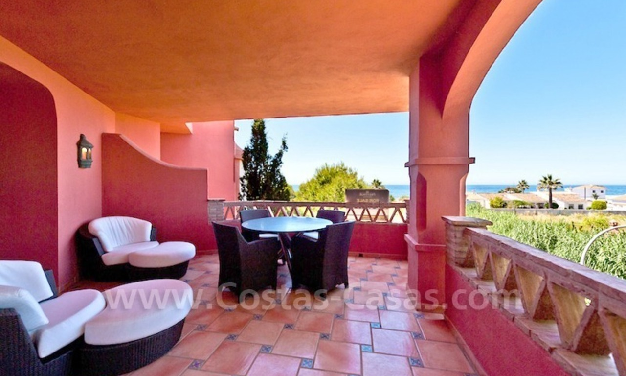 Strand appartement te koop in beachfront complex te Marbella 7