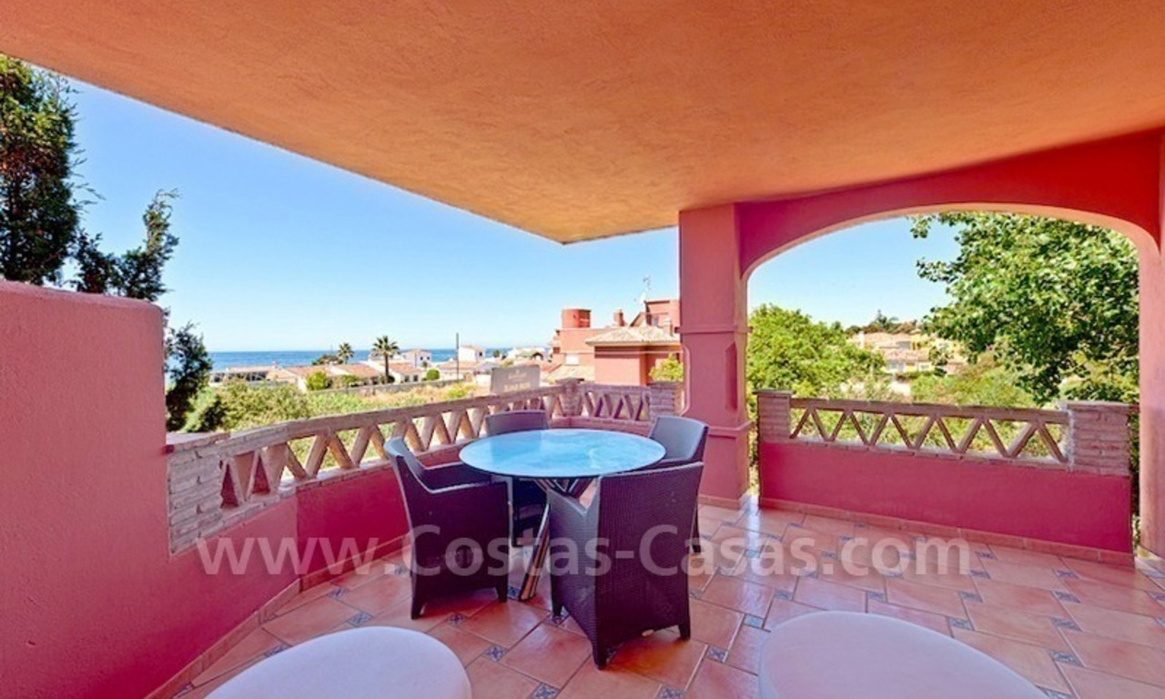 Strand appartement te koop in beachfront complex te Marbella 6