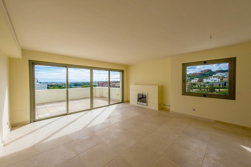 Luxe eerstelijngolf modern appartement te koop golfresort marbella - Modern appartement modern appartement ...