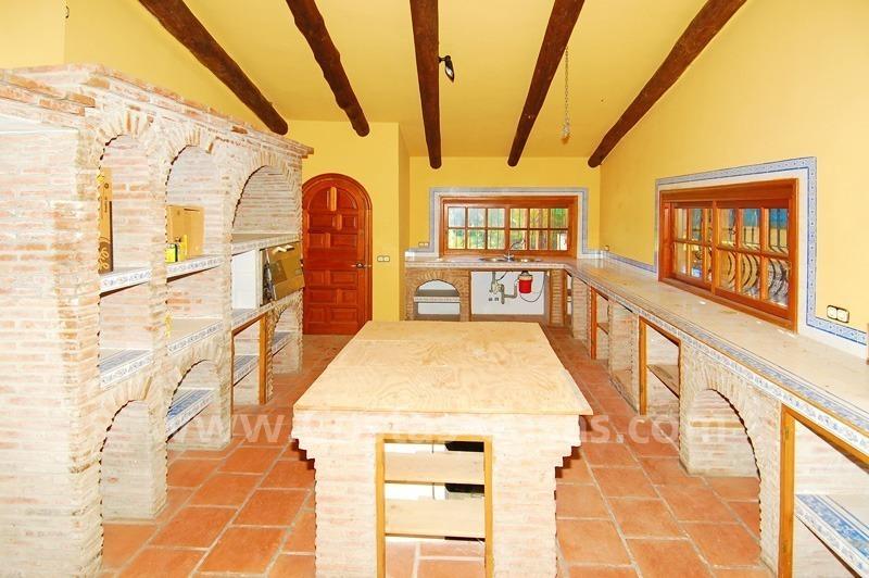 Te renoveren cortijo stijl hoevestijl villa te koop for Te renoveren huis te koop