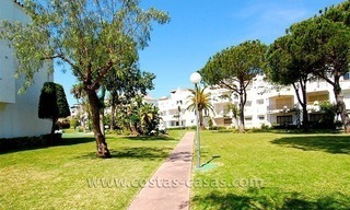 Beachside penthouse appartement te koop op de New Golden Mile tussen Marbella en Estepona 13